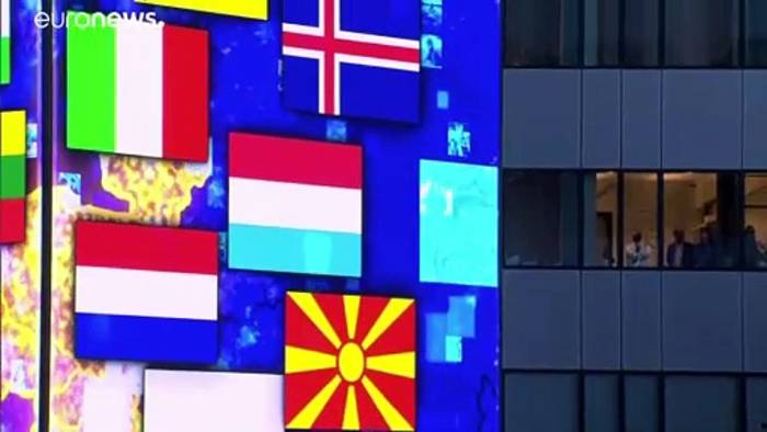 News video: NATO demonstriert Geschlossenheit gegenüber Peking und Moskau