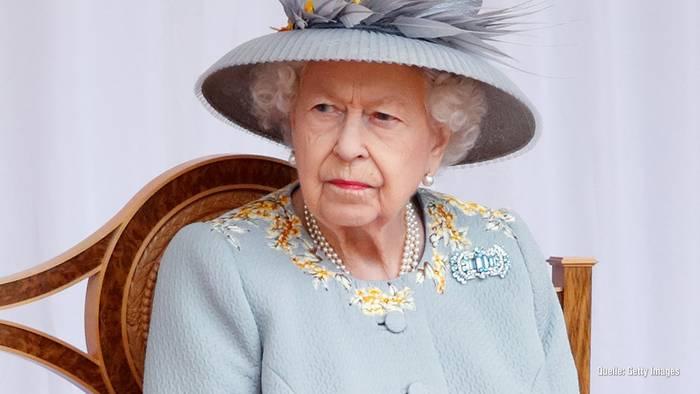News video: Queen Elizabeth II. freut sich über ihre Geburtstagsparade