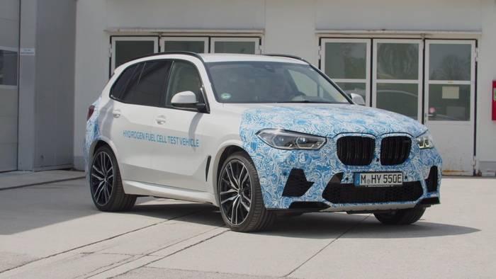 News video: Alltagserprobung des BMW i Hydrogen NEXT mit Wasserstoff-Brennstoffzellen-Antrieb beginnt