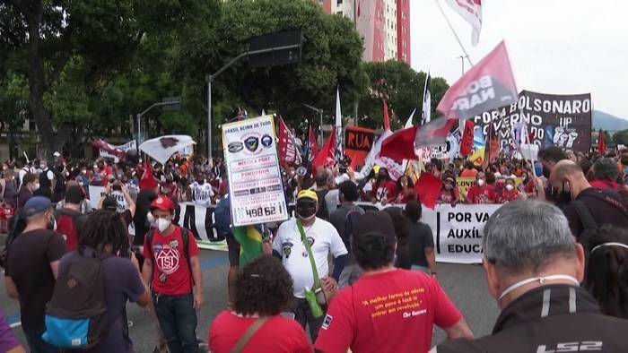 News video: Mehr als 500 000 Covid-19-Tote: Sie wollen Bolsonaros Rücktritt