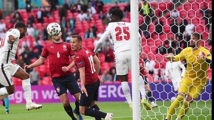 News video: Kroatien ist nach 3:1 gegen Schottland weiter - England und Tschechien qualifiziert