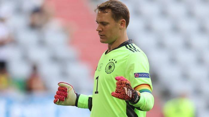 News video: Regenbogen-Kapitänsbinde von Manuel Neuer: