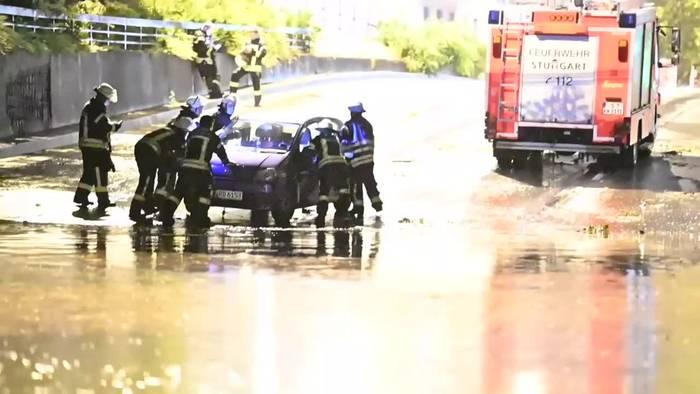 News video: Unwetter in Teilen Deutschlands hält Einsatzkräfte auf Trab