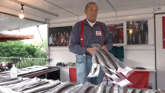 News video: Hamburger Fischmarkt nach langer Zwangspause wieder geöffnet