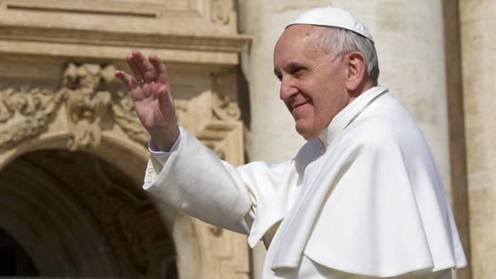 Video: Papst Franziskus im Krankenhaus: Darm-OP gut überstanden