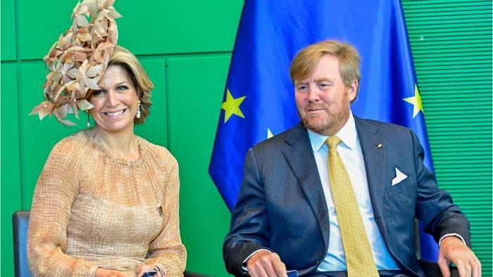 News video: Máxima der Niederlande – Ein Traum in Beige – doch ihr Hut macht sprachlos