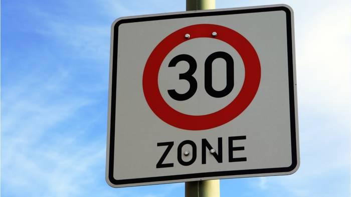 Video: Projekt zur Geschwindigkeitsbegrenzung: Diese Großstädte planen Tempo 30