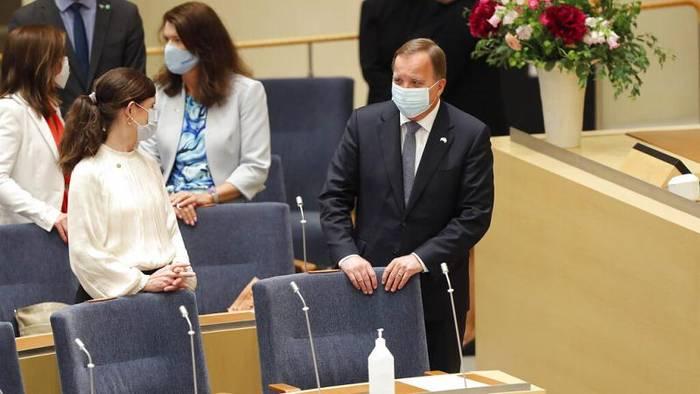 News video: Stehauf-Männchen Löfven: Ministerpräsident in Schweden bleibt im Amt