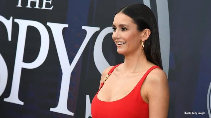 Video: Nina Dobrev: So verzückte sie bei den ESPY-Awards