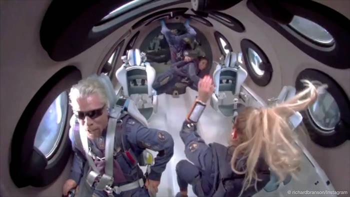 Video: Reiche im All: Richard Branson gewinnt das 'Space Race der Milliardäre