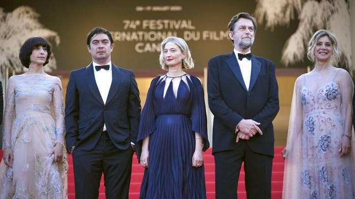 News video: Stehende Ovationen in Cannes: Nanni Moretti zeigt