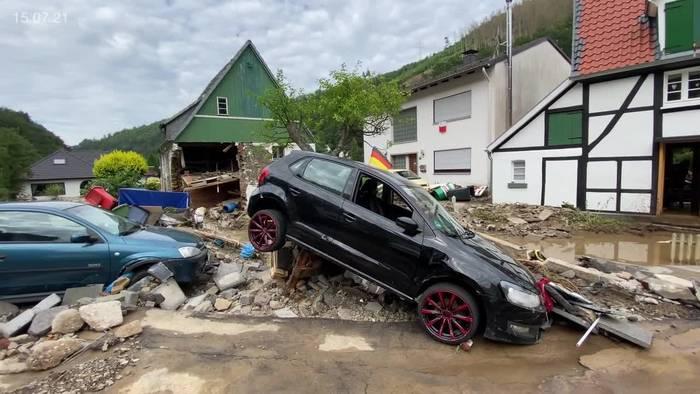 News video: Hochwasser: Lage weiter angespannt - Merkel sagt Hilfen zu
