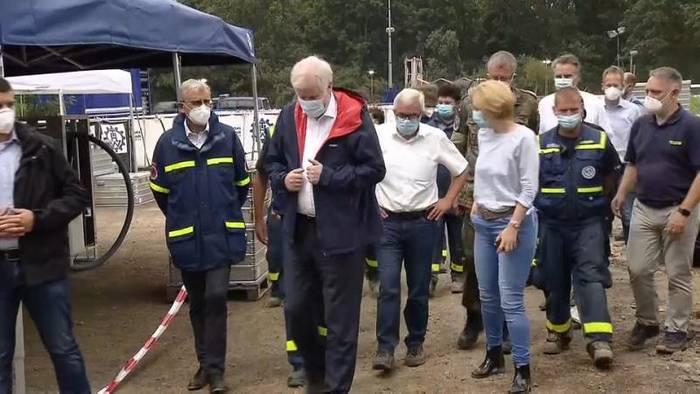 News video: Kritik an Innenminister Seehofer: Zu spät vor Flut gewarnt?