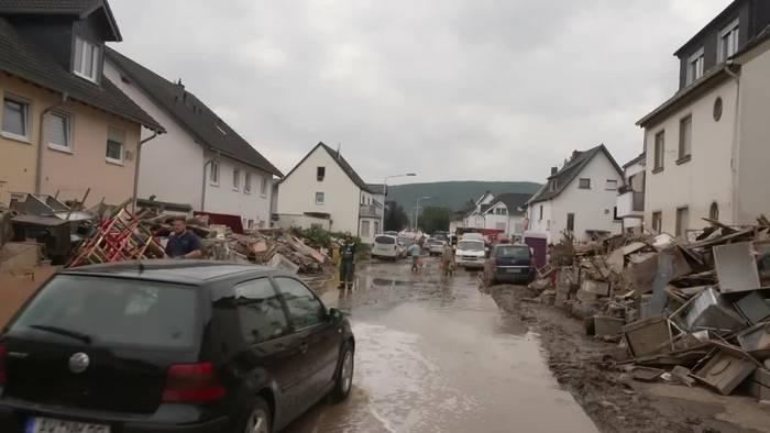 News video: Aufräumarbeiten: Merkel erneut in Katastrophengebieten