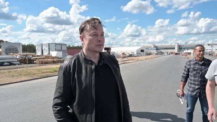 Video: Tesla: Erstmals über eine Milliarde Quartalsgewinn