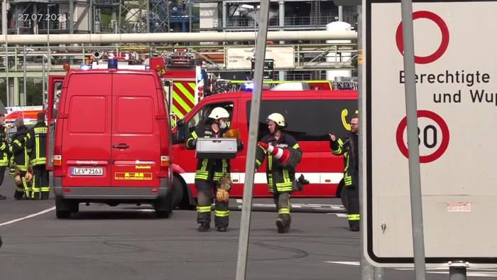 News video: Nach Explosion in Leverkusen dauert Suche nach Vermissten an