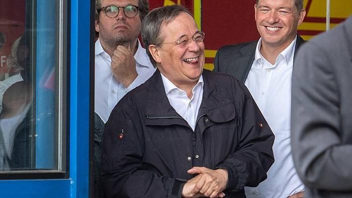 News video: Liegt's am Lacher? Laschet und Union verlieren an Boden