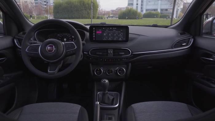 News video: Der neue Fiat Tipo City Sport - Vorbildliche Infotainment- und Sicherheitsausstattung