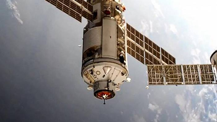 News video: Chaos im All: ISS bei Manöver aus der Bahn geworfen