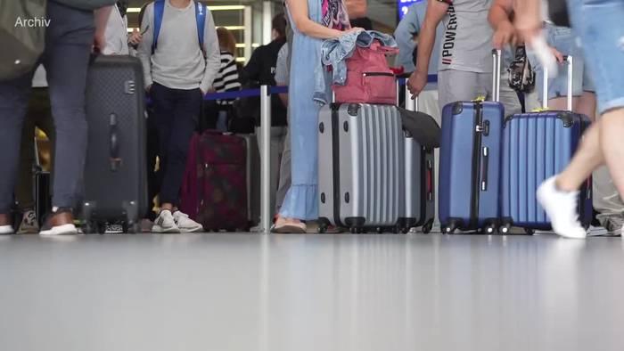 News video: RKI: Zunehmend Corona-Fälle nach Reisen gemeldet