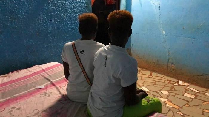 Video: Welttag gegen Menschenhandel: Opfer fordern stärkere Verfolgung der Täter