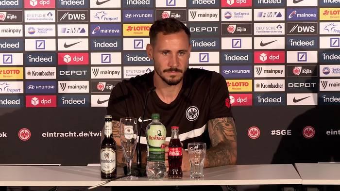 Video: Der mit dem Adler-Tattoo: Torwart Jens Grahl plant langfristig mit Eintracht Frankfurt