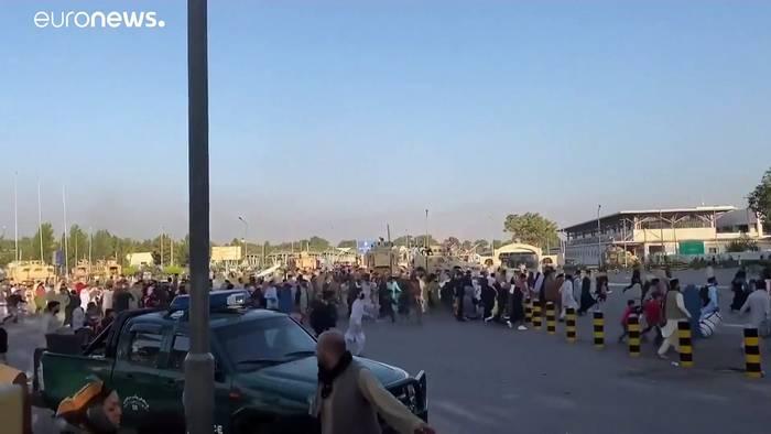 Video: Deutsche fliehen vor den Taliban: Über Taschkent in die Heimat