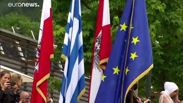 News video: Van der Bellen widerspricht Kurz in Asylfrage