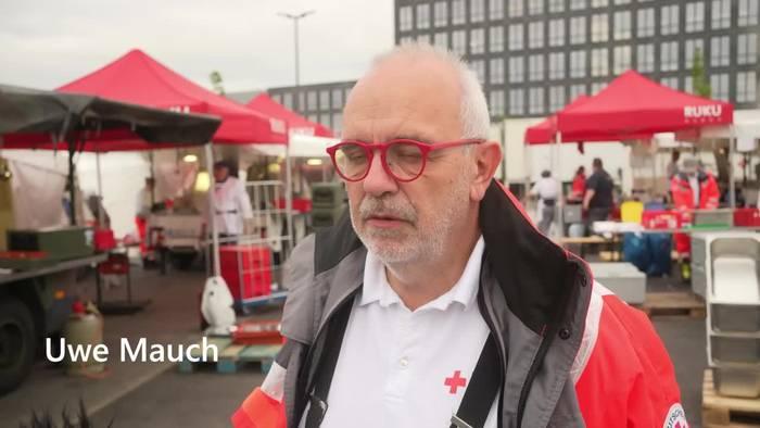 Video: Rote Kreuz verpflegt das Ahrtal - doch Helfer werden knapp