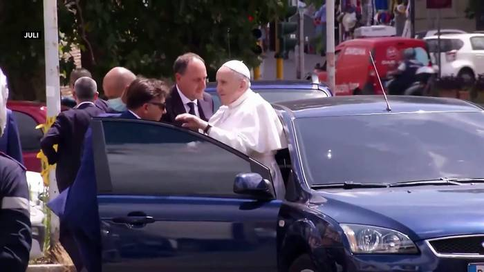Video: Einen Monat nach der OP: Rom spekuliert über Papst-Rücktritt