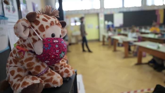 Video: Spahn: Fünf Tage Quarantäne in Schulen - mit Schutzkonzepten