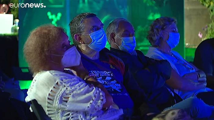 News video: Die Maskenpflicht geht, die Empfehlung bleibt