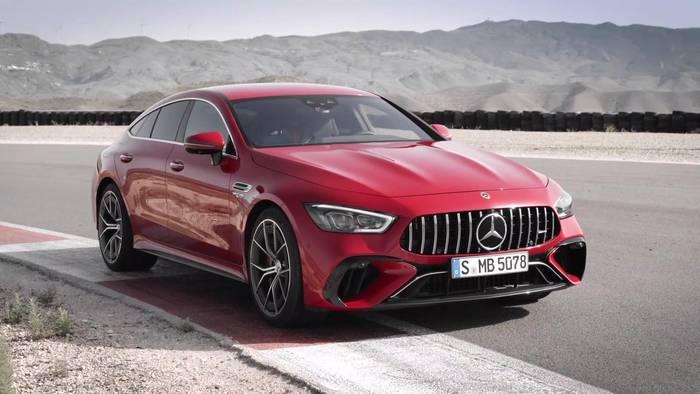 Video: Weltpremiere des ersten Performance-Hybriden von Mercedes-AMG