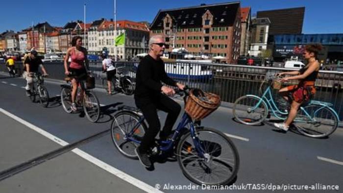 News video: Ohne Maske und Lockdown in Dänemark