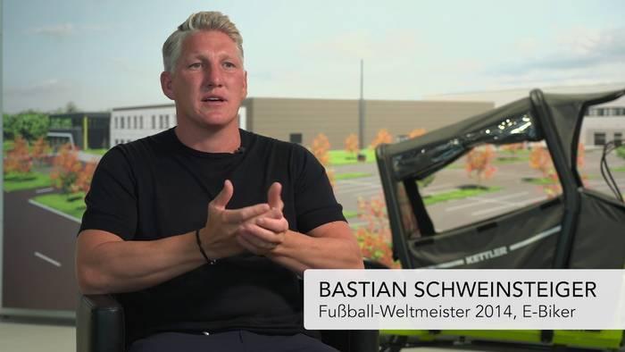 Video: IAA Mobility: Bastian Schweinsteiger als Fahrrad-Botschafter
