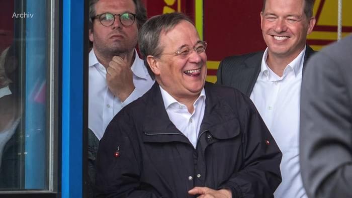 Video: Laschet entschuldigt sich für Lacher in Flutgebiet