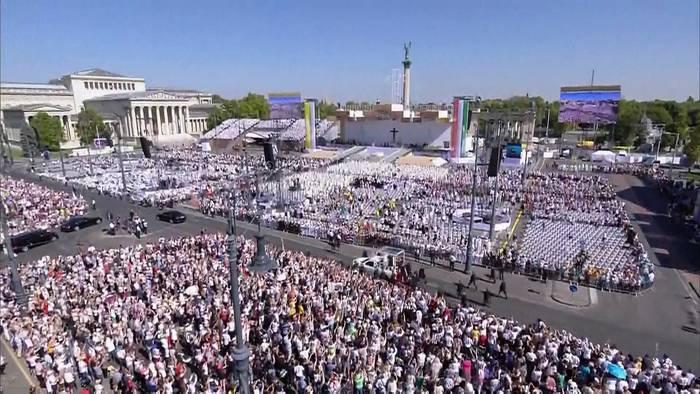 Video: Papst zu 100.000 Ungarn: Bitte