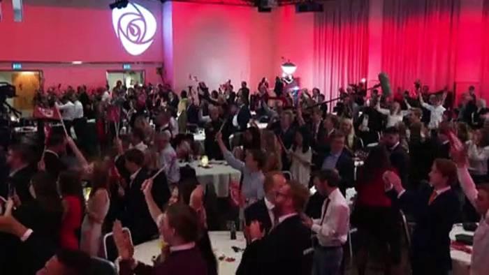 News video: Regierungswechsel in Norwegen: Sozialdemokraten gewinnen Parlamentswahl