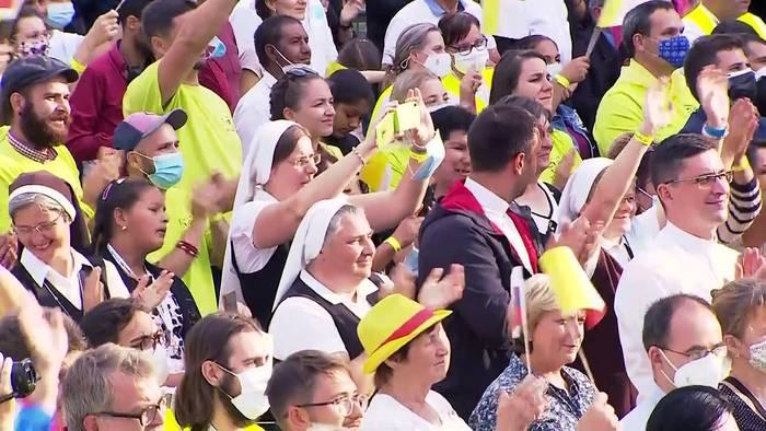 Video: Papst fordert Respekt vor Roma