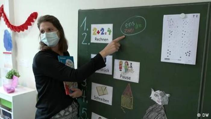 News video: Corona: Kinder und Eltern hoffen auf ein normales Schuljahr