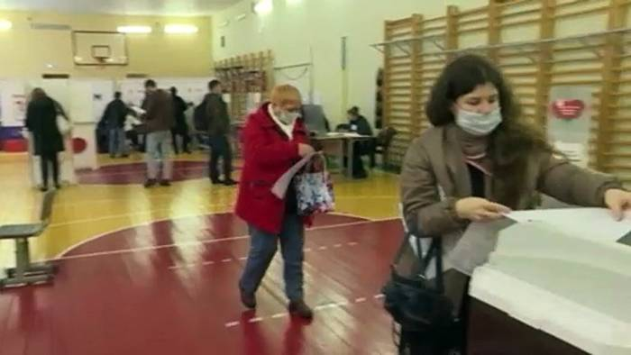 News video: Tag 1 der russischen Parlamentswahl: Behörden beklagen Cyberangriffe