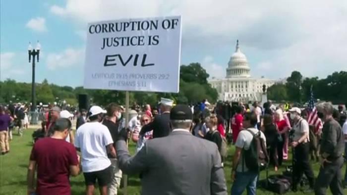 Video: Trump-Anhänger demonstrieren vor dem Kapitol