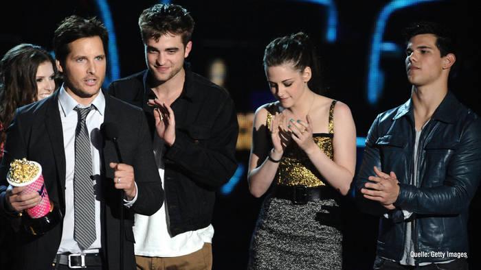 """News video: Spin-off zu """"Twilight""""? Star macht Fans Hoffnung"""