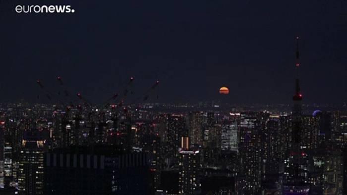 News video: Haben Sie die Vollmond verpasst`? 7 der schönsten Fotos