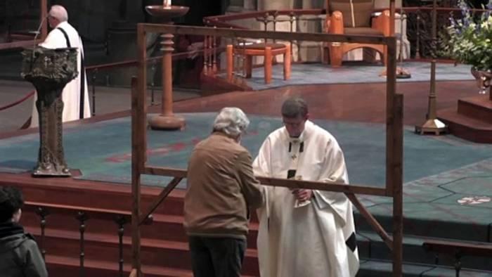 Video: Nach Papst-Entscheidung: Was wird jetzt aus Kardinal Woelki (65)?
