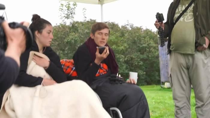 News video: Berlin: Klimaaktivisten trinken im Hungerstreik nicht mehr