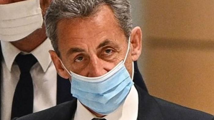 Video: Frankreichs Ex-Präsident Sarkozy wurde zu einem Jahr Haft verurteilt