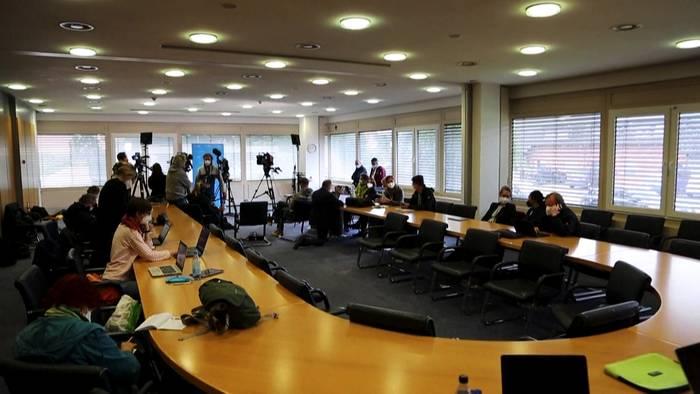 News video: Nach Fluchtversuch vor Prozess: Ehemalige KZ-Sekretärin in U-Haft