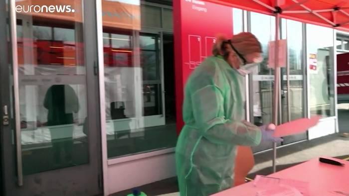 Video: Schweiz kämpft gegen niedrige Impfquote: Corona-Tests bald nicht mehr kostenlos