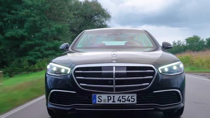 News video: Meet Mercedes-Benz GUARD@Baden-Baden